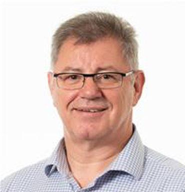 Mr Graham Swift